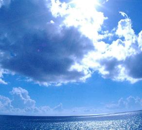 ホテルラグーンパレスから見える海の景色