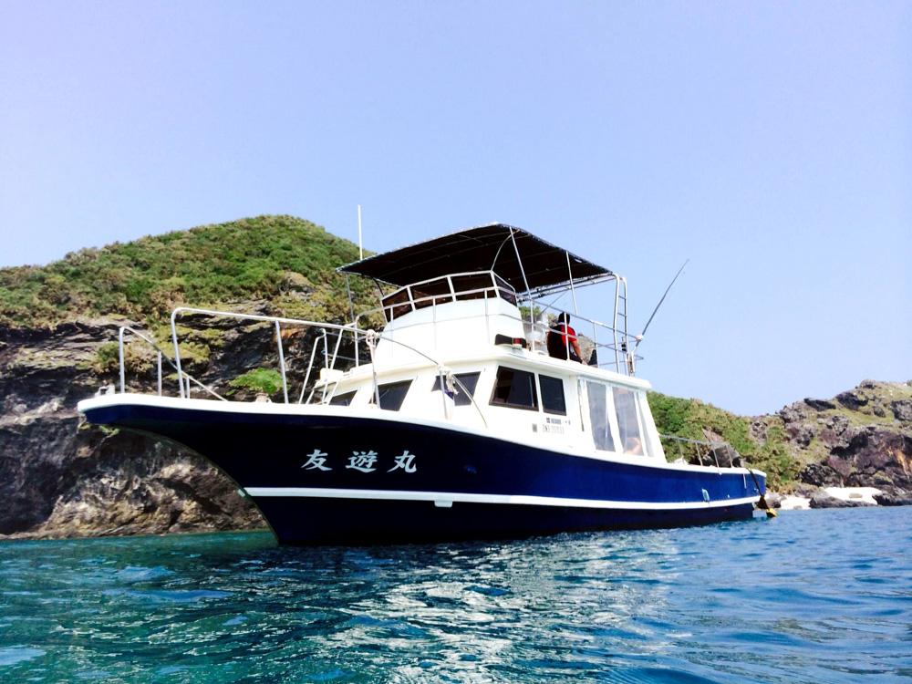 自社所有の大型ボート「ピンカー」
